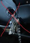 Ha ej en tung nyckelring med en massa nycklar tillsammans med din bilnyckel!