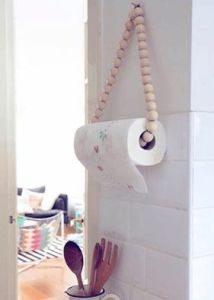 hänga upp hushållspapper