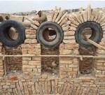 Återbruka bildäck vid bygge av stenvalv