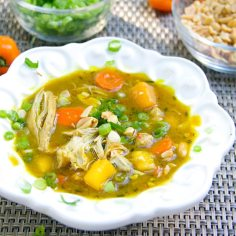 Best Mother's Day Brunch Recipes: Jamaican curried chicken stew recipe by panning the globe