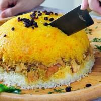 Persian Layered Chicken and Rice With Yogurt (Tachin Joojeh)