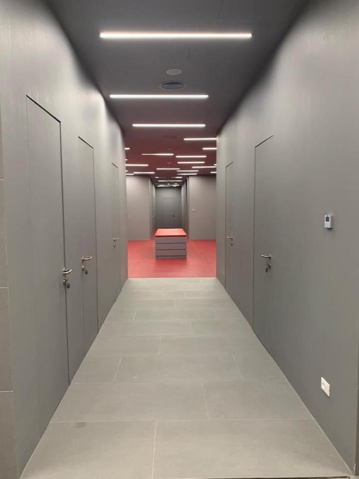 Arena kombetare, korridoret