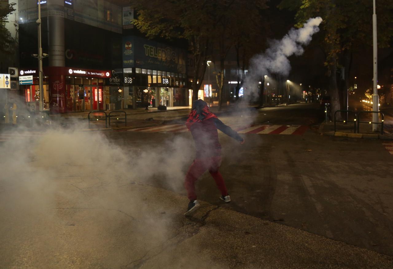 Protesta-Dhuna-Klodian-Rasha-gaz-lotsjelles-tym-policia-sulmi-shkaterrimi (21)