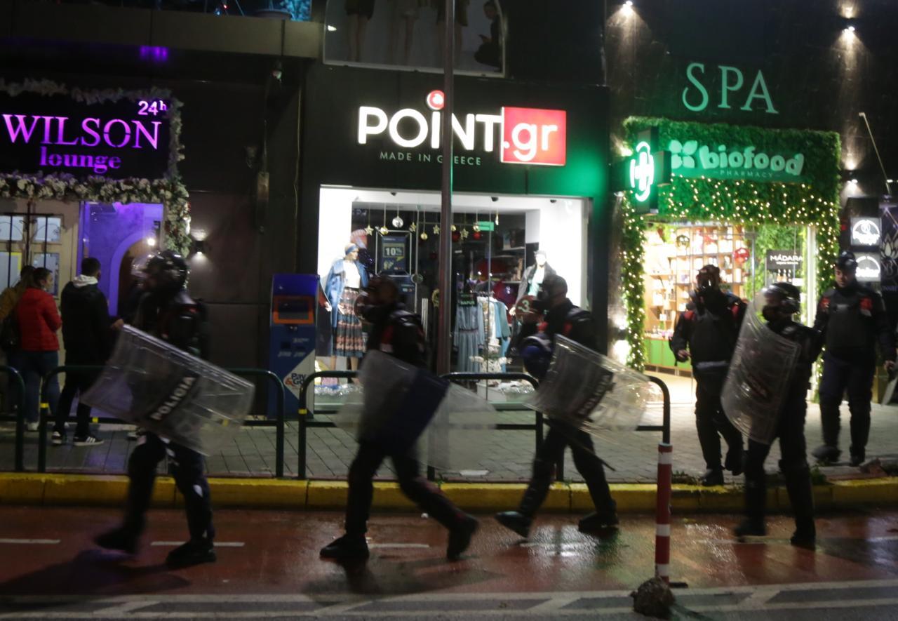 Protesta-Dhuna-Klodian-Rasha-gaz-lotsjelles-tym-policia-sulmi-shkaterrimi (55)