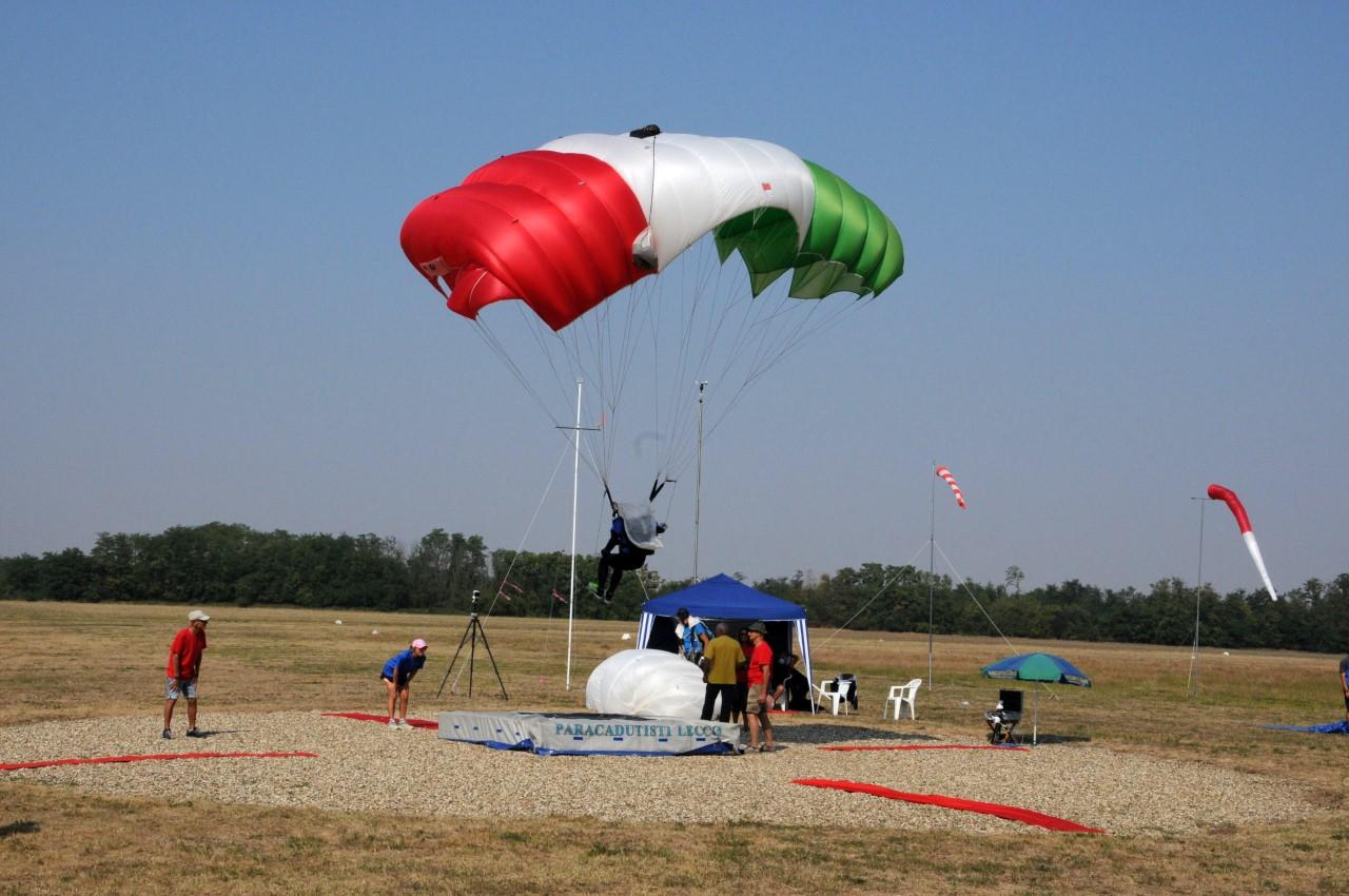 paracadutismo a novi