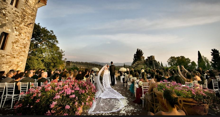 Italian wedding fever, why people want to get married in Italy