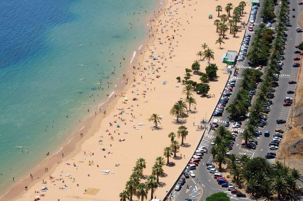 Spiaggia Las Teresitas, tappa di un viaggio di nozze alle Canarie