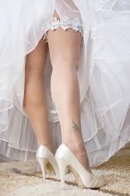 Superstizioni matrimonio, la giarrettiera