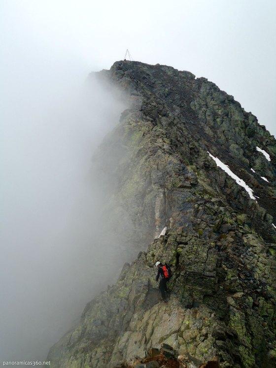 Lidón bajando del pico Troumouse