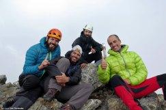 Javi, Óscar, Lidón y yo en la cumbre de la Munia