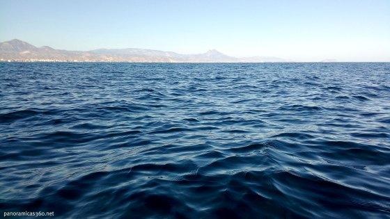 Vistas desde el paddle sup del Mediterráneo y el Puig Campana