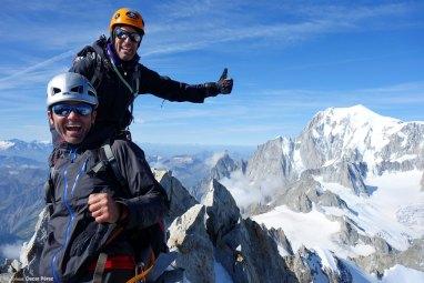 Felices en la cumbre del Aiguille du Rochefort