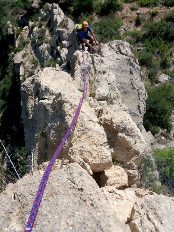 escalando la cresta de l´Esquenal de l´Ase en el Cabeçó d´Or