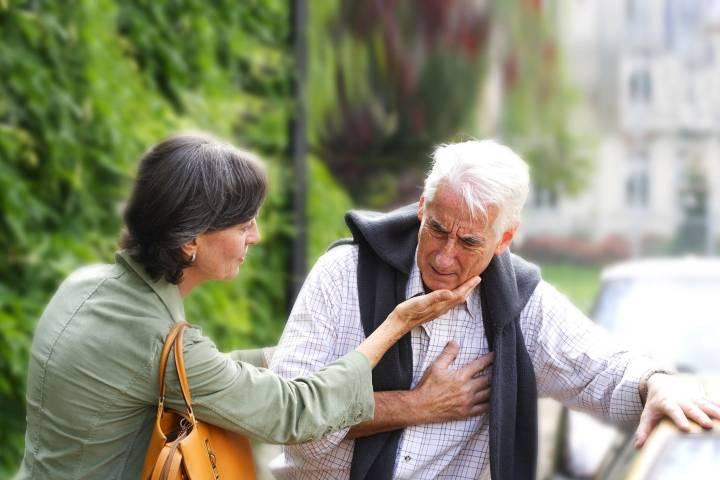 Comment augmenter la basse pression d'une personne âgée