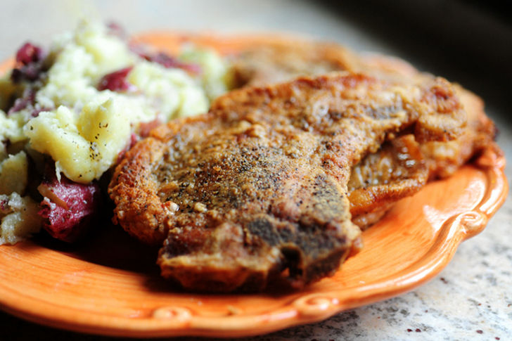 7 Pork Chop Recipes - Pan-Fried Pork Chops