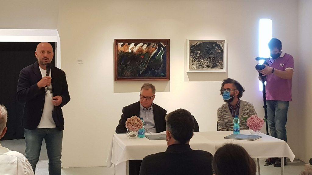 Castelbasso 2021 Borgo della cultura. A sinistra Vincenzo D'Aquino, direttore del Fla di Pescara