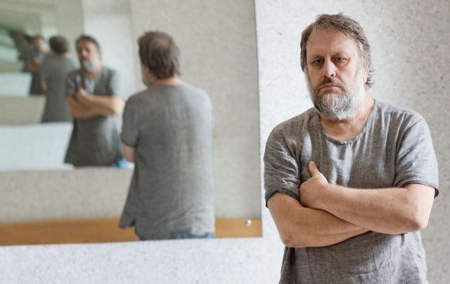 Slavoj Žižek e la pressione psicologica dell'isolamento