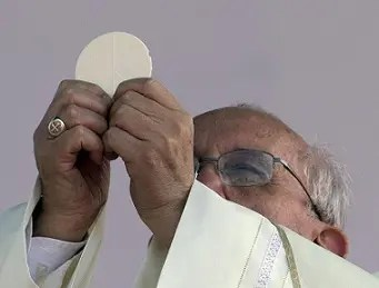 papa-francesco-messa (1)