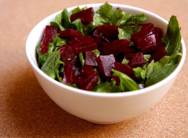Salada de beterraba e rúcula