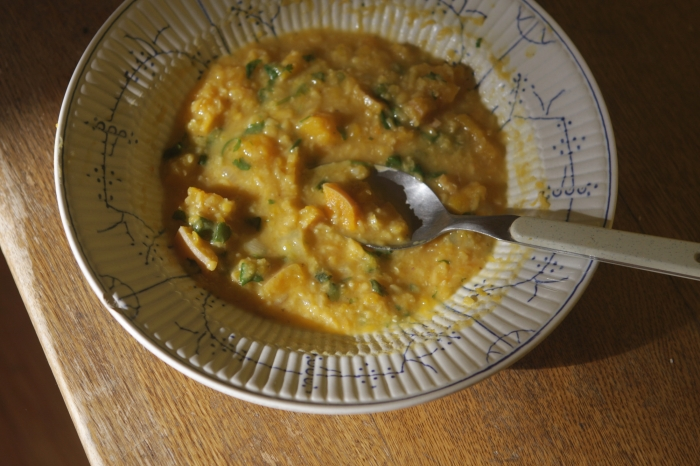sopa de lentilha coral, jerimum e coco2
