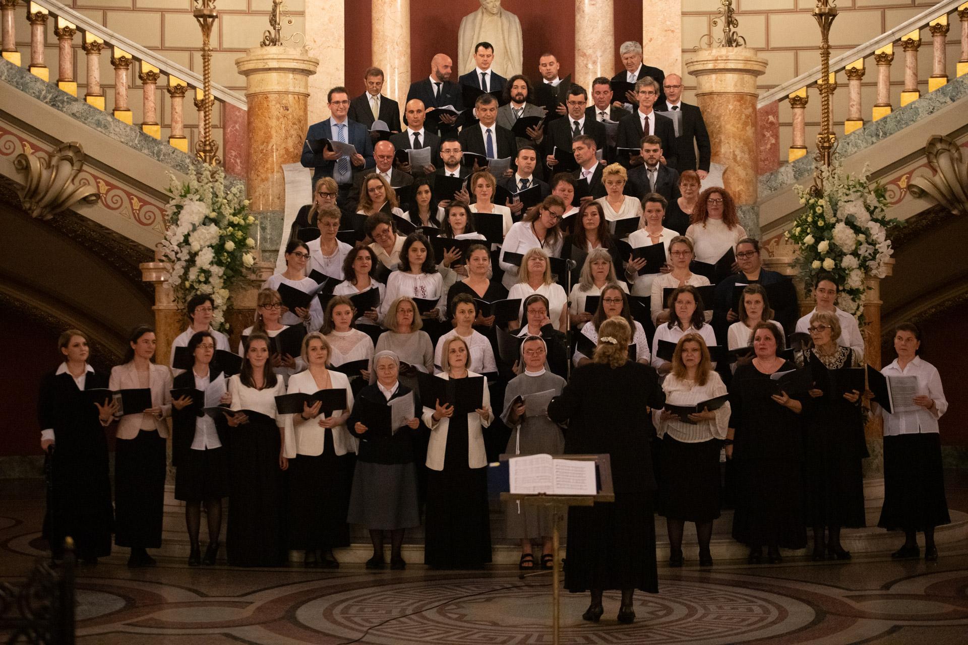 Grupul Floria, floristul oficial Papa la București
