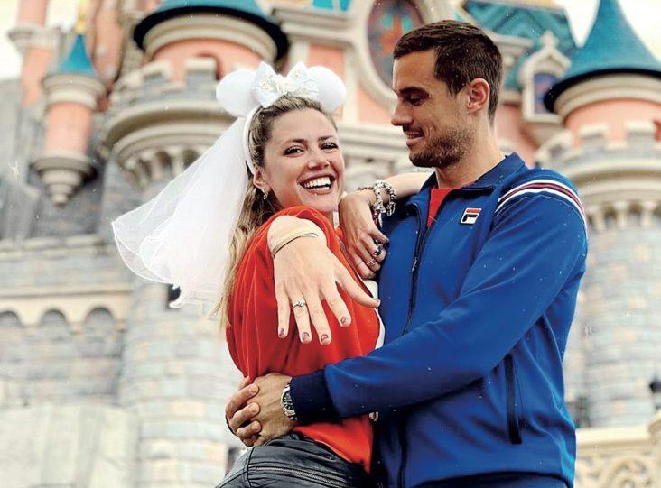 """Stephanie Demner: """"Si no nos casamos en 2020 le devuelvo el anillo a Guido"""" – Revista Paparazzi"""