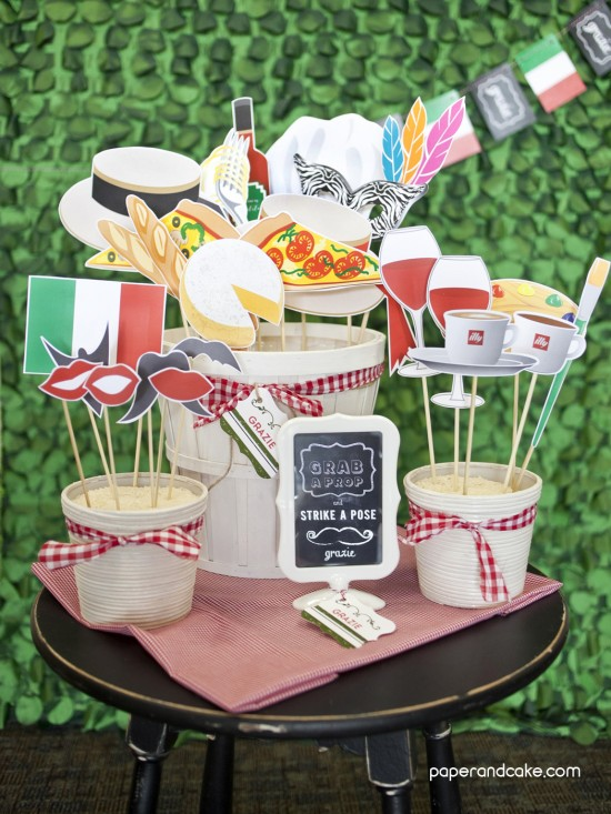 Centerpieces On A Budget Nurses Day Paper And Cake