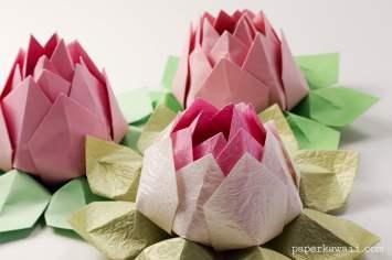 Modular Origami Lotus Flower - Video Tutorial via @paper_kawaii