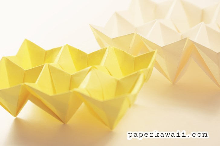 Origami Accordion Easter Egg Tutorial via @paper_kawaii