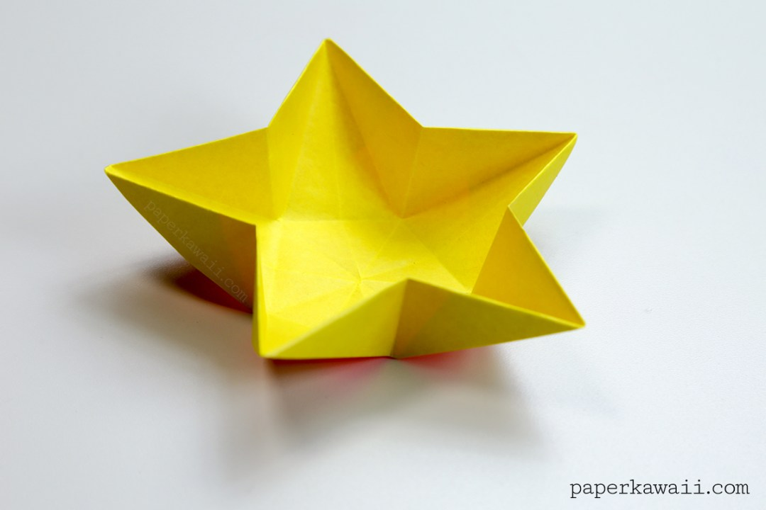 Learn How To Make A Simple Origami Star Bowl Or Dish Use These Serve Snacks At Parties Hang Them Up As Paper Decorations