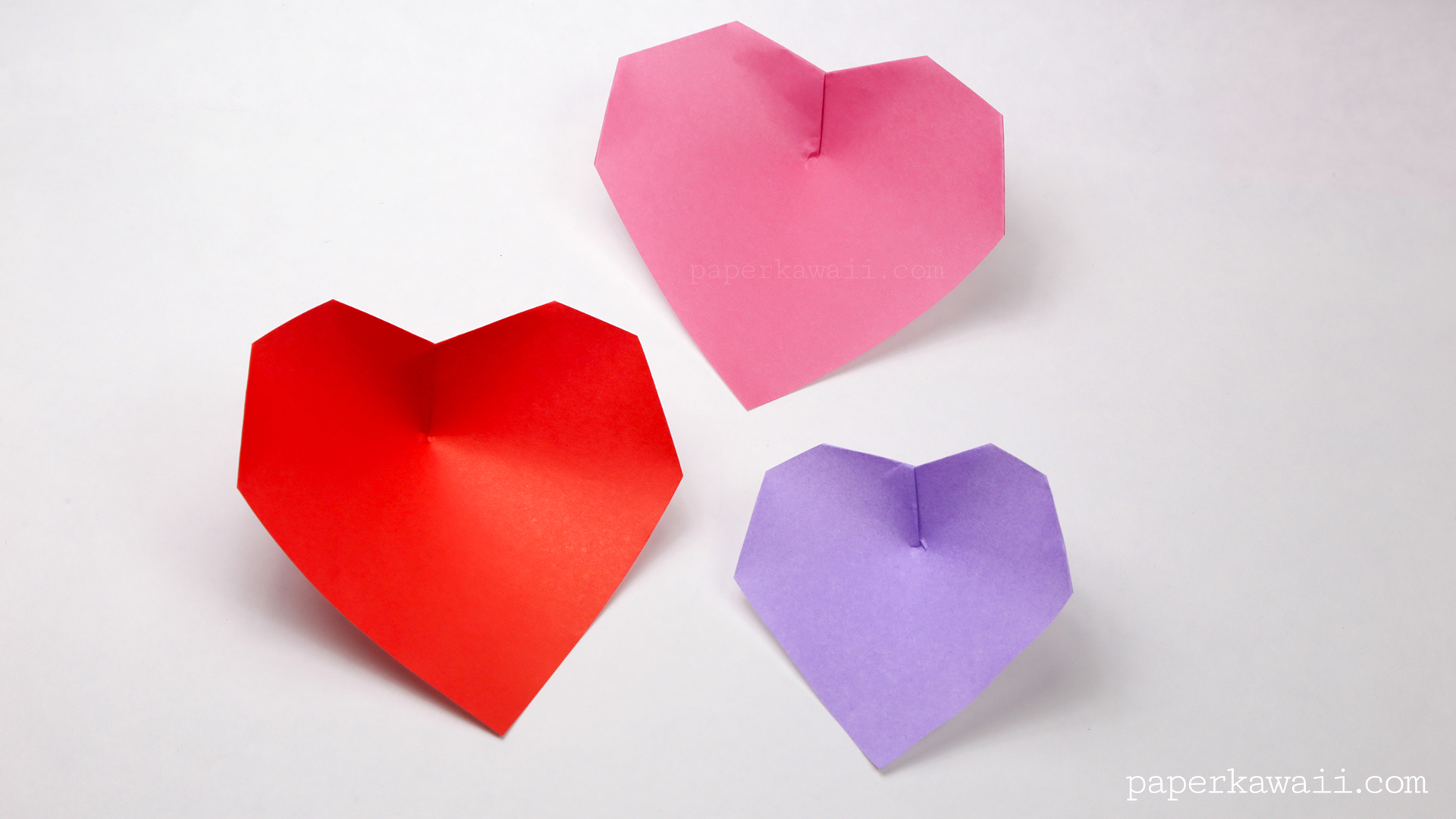 You Might Want To Use A Dab Of Glue But Not Necessary Super Easy Origami Heart Instructions
