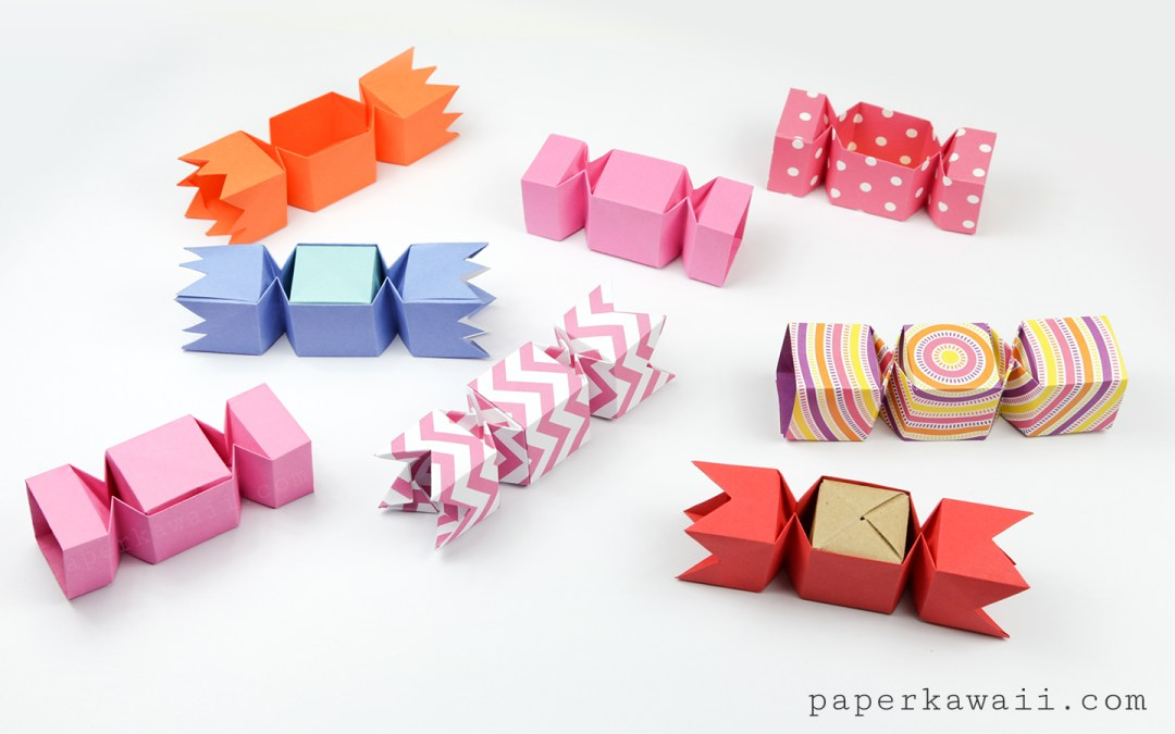 Square Origami Candy Box Instructions via @paper_kawaii