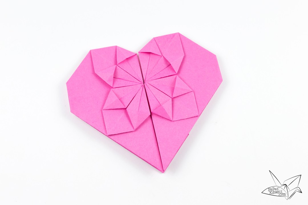 Money Origami Heart Tutorial via @paper_kawaii