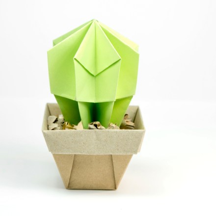 Origami mortarboard design and instructions by Alicia Stokes - issuu | 440x440