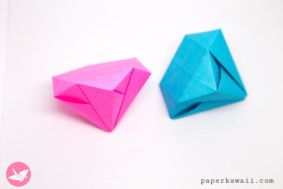 Easy Origami Diamond Tutorial via @paper_kawaii