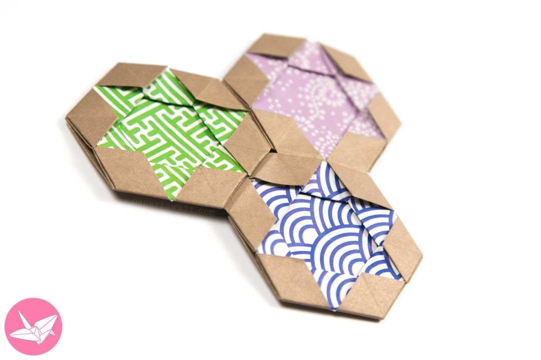 Origami Star of David Hexagram Coaster / Tiles / Tato via @paper_kawaii