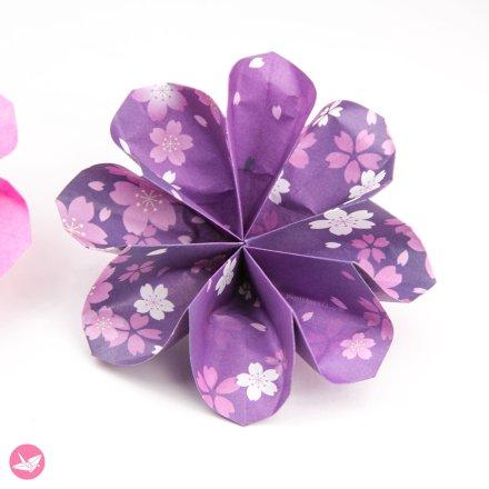 Easy Origami Lotus Video Tutorial via @paper_kawaii