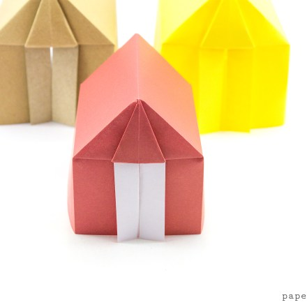 Easy Origami Dollhouse Tutorial - DIY Paper House! via @paper_kawaii
