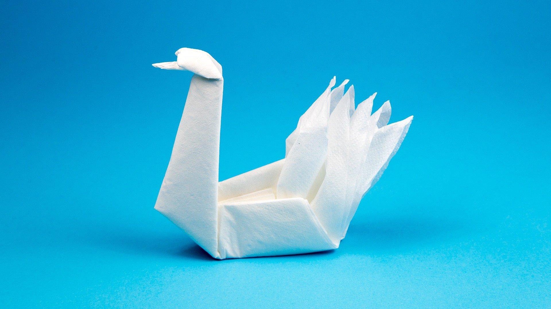 How to Make an Origami Crane | Skip To My Lou | 1080x1920