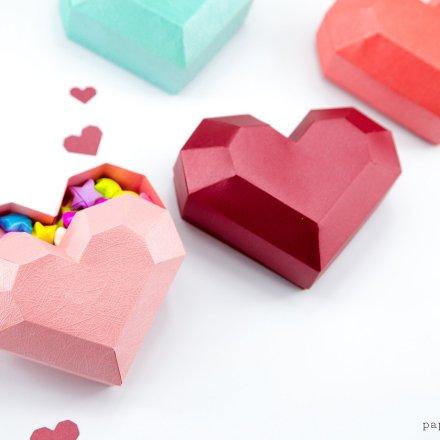 Paper Heart Box Tutorial & Free Template via @paper_kawaii