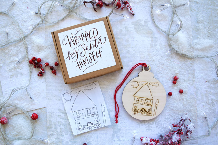 Snowflake Personalized with Drawing Engraved