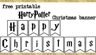 Harry Potter Christmas Decor Banner. This easy DIY Harry Potter Happy Christmas banner is perfect for a Harry Potter Christmas Party. Happy Christmas Harry Potter.
