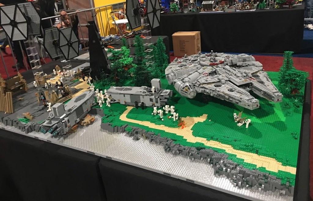 Lego milenium falcon
