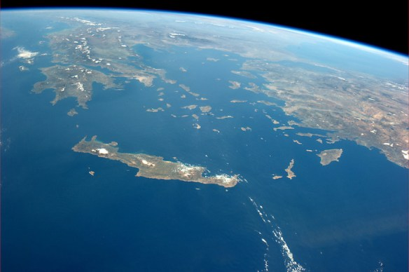 Astronaut Tweets Good Night with Photo of Athens from Space