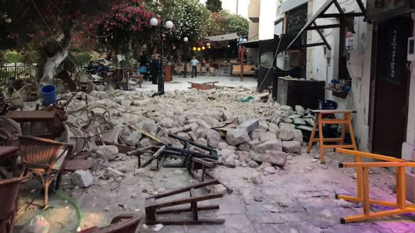 (Photos) Two Dead and Hundreds Injured After Strong Earthquake Rocks Dodecanese Islands