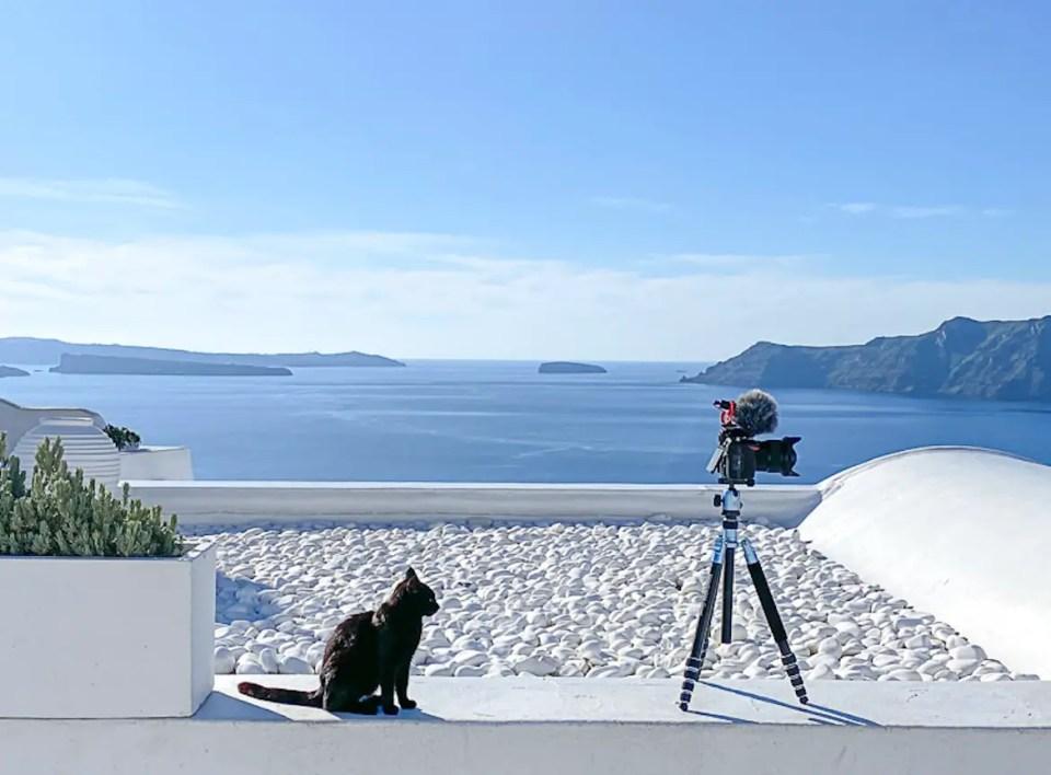 Naked Santorini