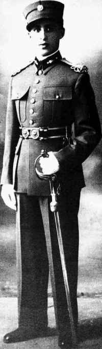 Iosif Barouch, a Greek army officer from Ioannina, is said to have led the Greek Jews during the revolt