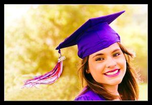 800px-Graduation_Girl