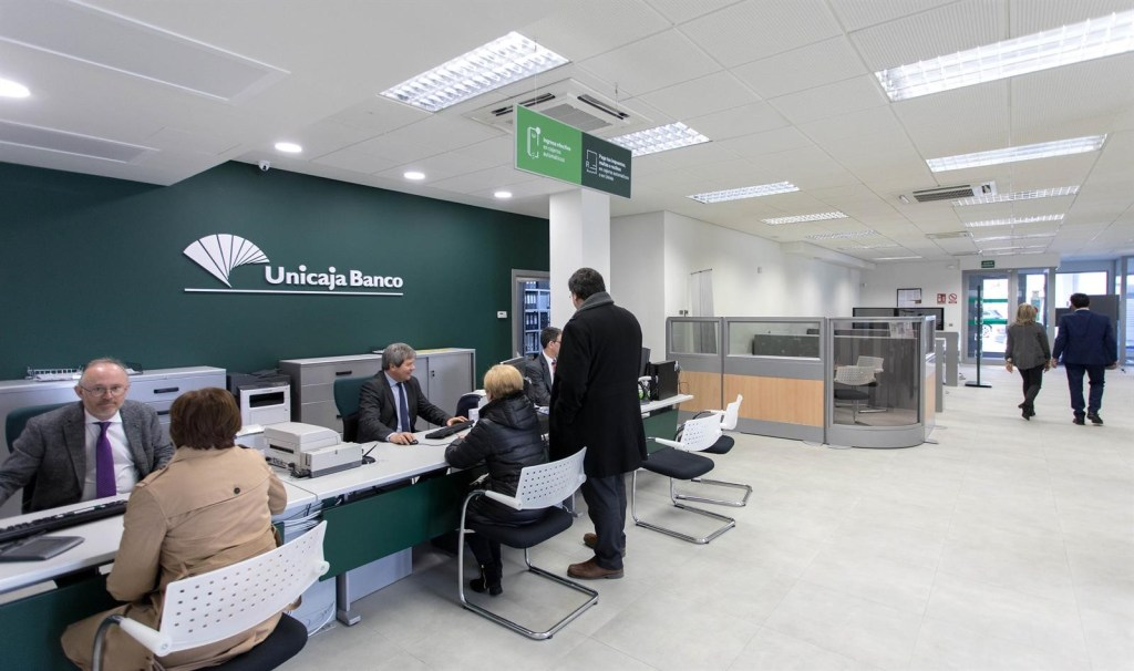 Unicaja vende su filial de Contact Center