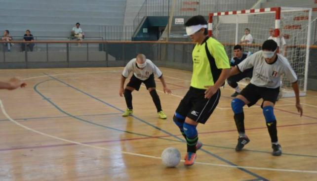 Fútbol para ciegos: Bella Vista arrasó en Mendoza